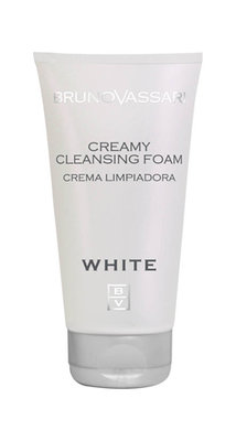 WHITE CREAMY CLEANSING FOAM