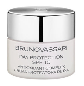 WHITE DAY PROTECTION SPF 15